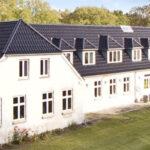 Kæmpe landvilla + længe med mulighed for erhverv eller pladskrævende hobby - NEDSAT FEBRUAR 2016 - KR. 250.000